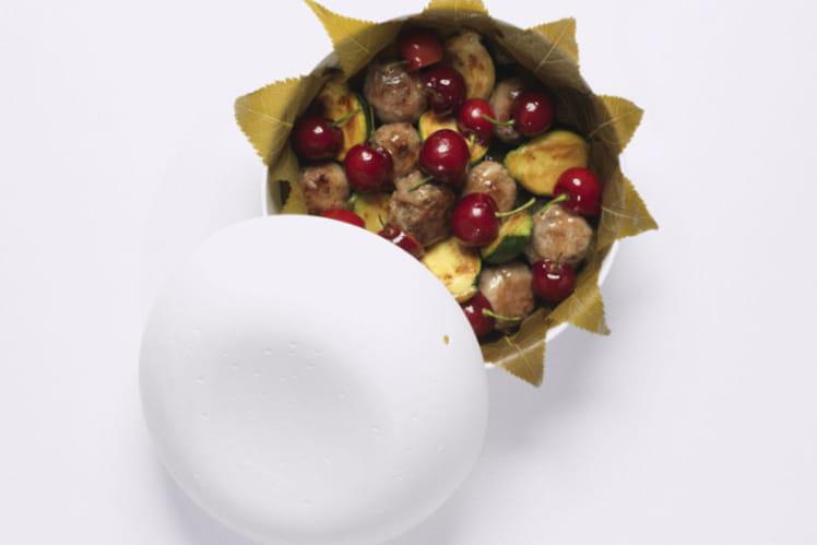 Caillettes de canard en cassolette aux cerises et courgettes rondes