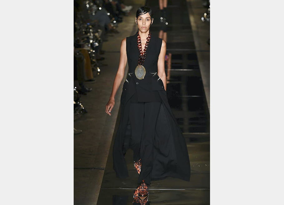 Givenchy - passage 42