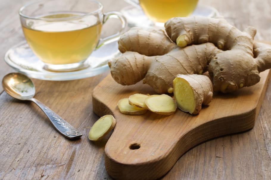 Traitements naturels de la gastro-entérite: plantes, huile essentielle