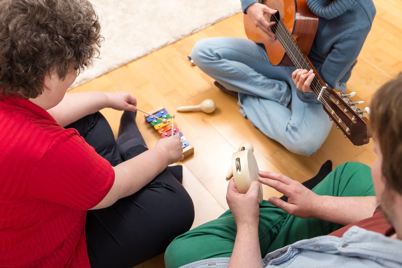 Musicothérapie: définition, bienfaits, active, réceptive...