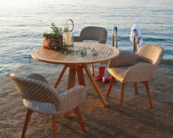 table de jardin pont de bateau de truffaut. Black Bedroom Furniture Sets. Home Design Ideas