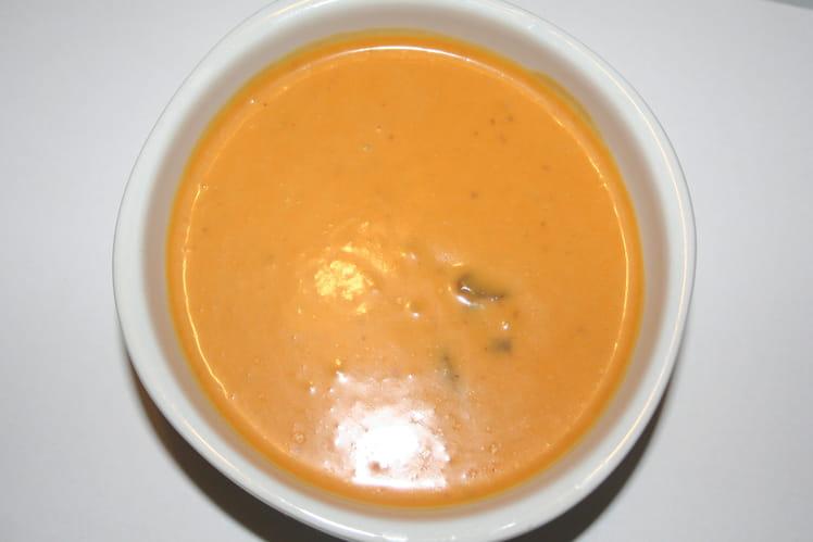 Velouté de potiron aux shitakés, crème de coco