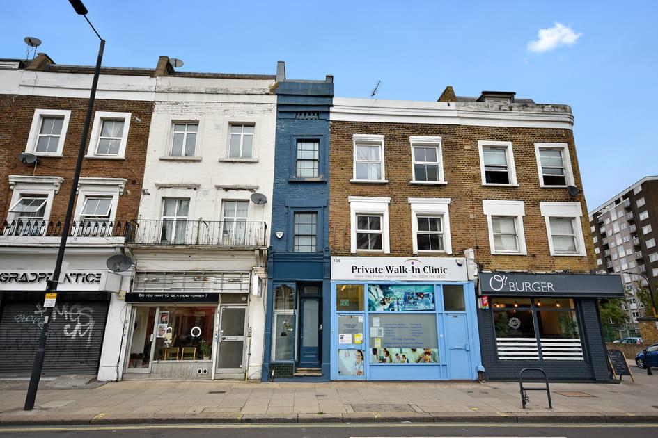 L'une des maisons les plus étroites de Londres dévoile son intérieur