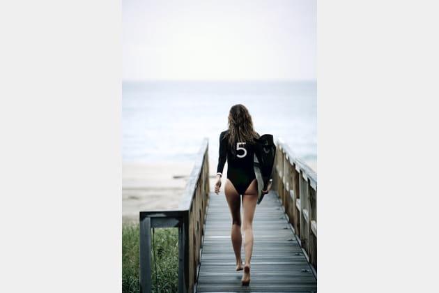 Gisèle Büdchen, surfeuse griffée
