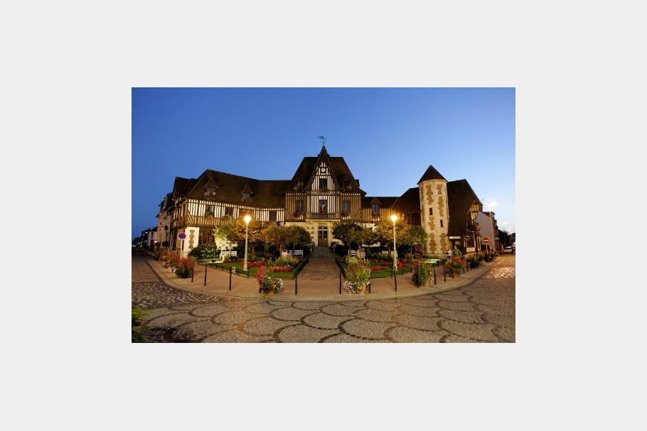 L'hôtel de ville de Deauville