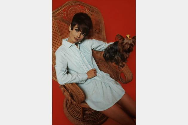 Audrey Hepburn en robe chemise