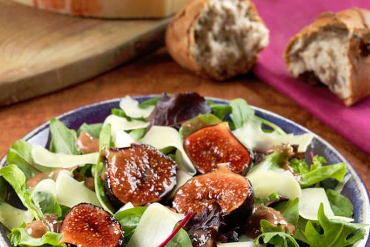 Salade d'automne aux figues et à l'Emmental de Savoie