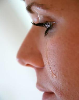 séchez vos larmes avant de vous remaquiller.
