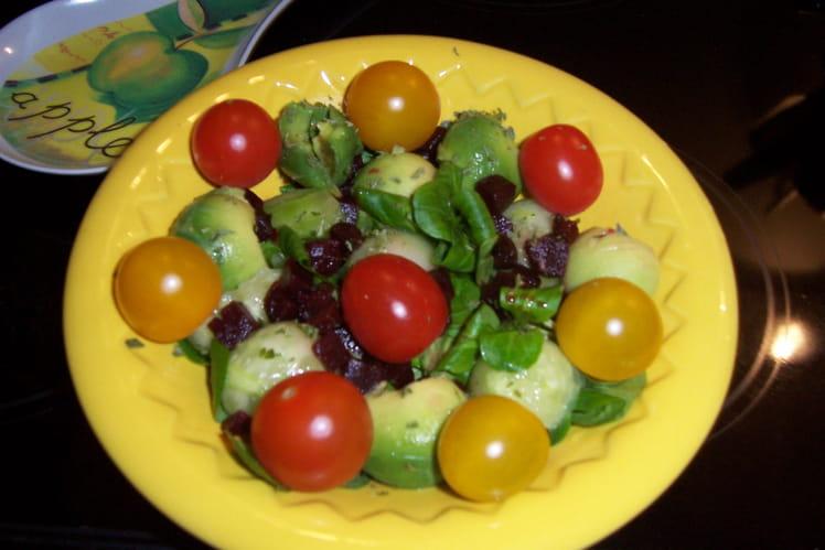 Salade de mâche aux billes de légumes