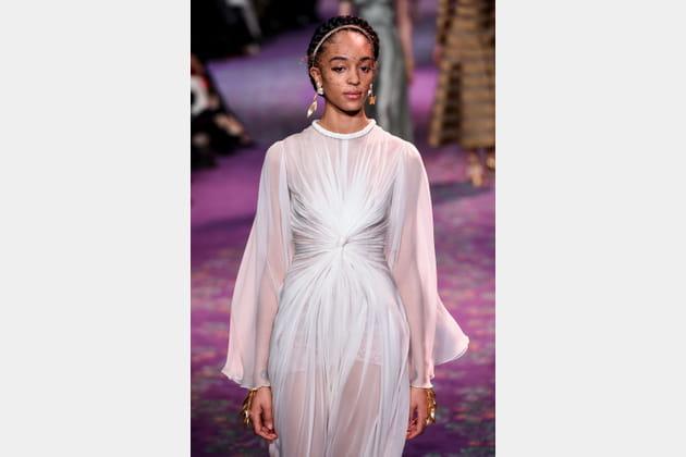 Haute couture: le défilé des robes de mariée 2020