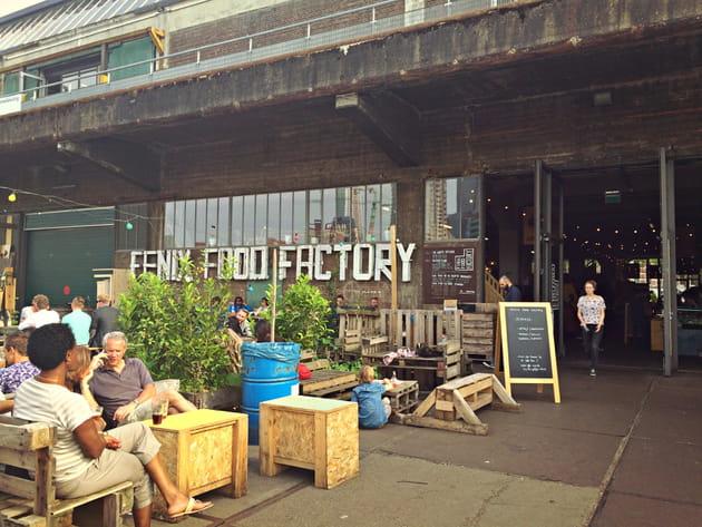 Les quais de Fenix Food Factory