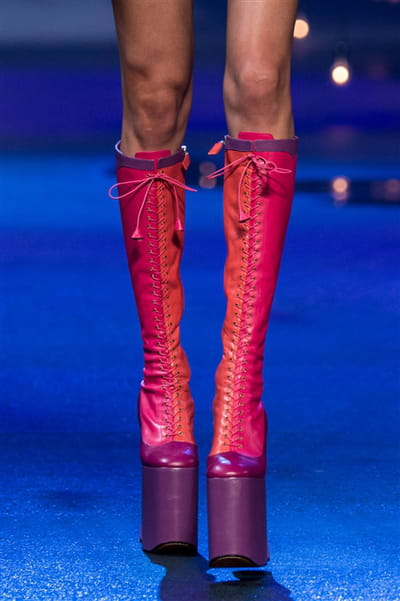 Marc Jacobs (Close Up) - photo 3