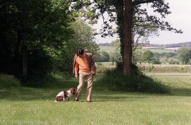 François FIllon et son chien, à Guérande (2003)