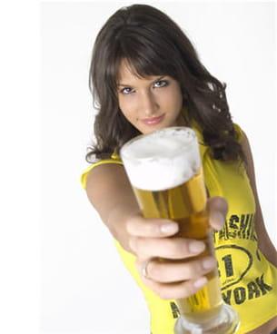la bière, comme les autres boissons gazeuses, entraîne des ballonnements.