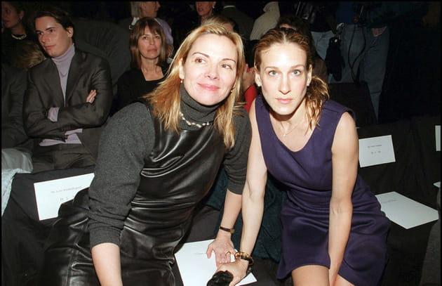 """Kim Cattrall et Sarah Jessica Parker: amies à l'écran, ennemies à la """"city"""""""