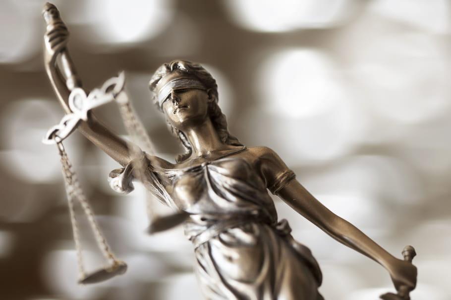 """Violée à 11ans, mais """"consentante"""" selon la justice: controverse"""