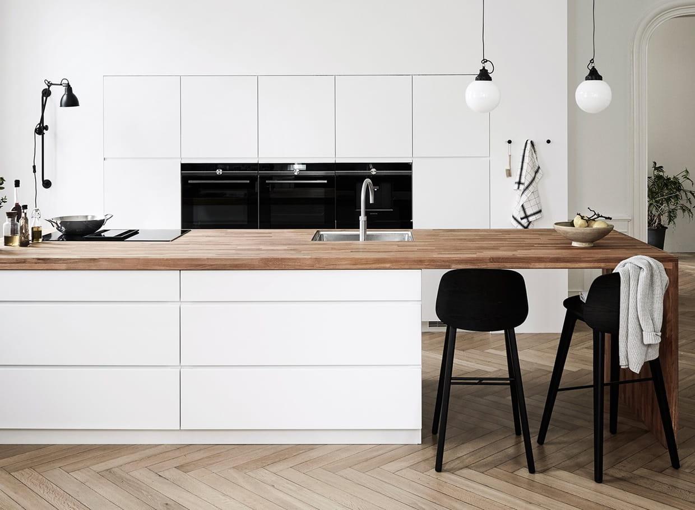 Cuisine blanche et bois  mur, sol, pour quels styles