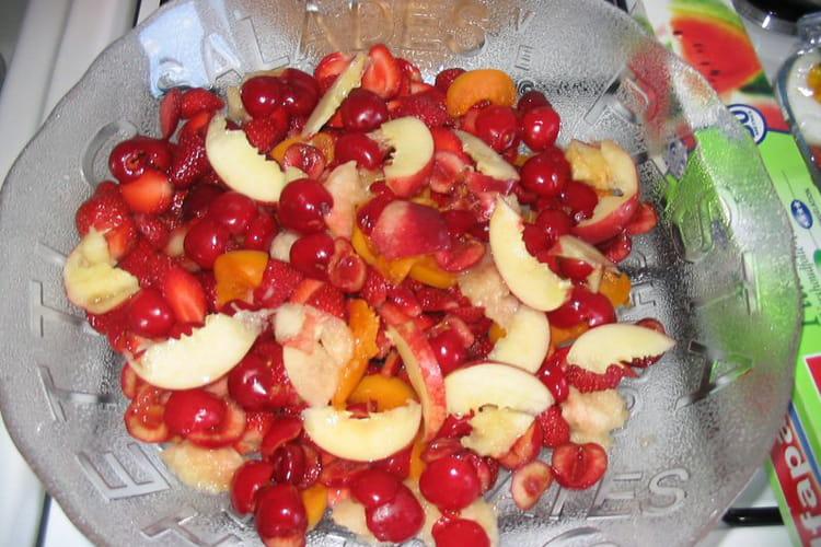 Salade de fruits fraîche pour l'été
