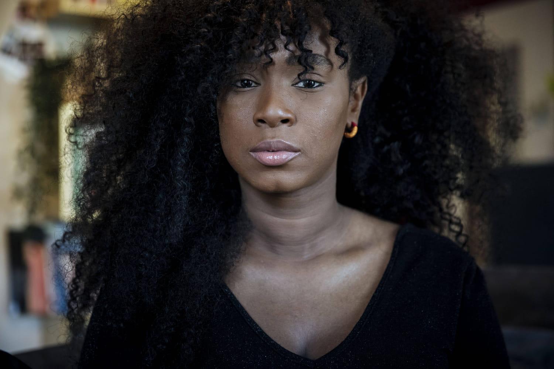 Assa Traoré, égérie Louboutin: talons hauts et colère rouge