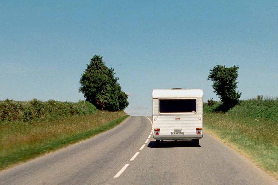 Raymond Depardon nous emmène dans sa caravane