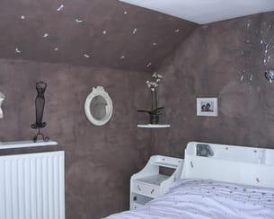 chambre chocolat et blanche