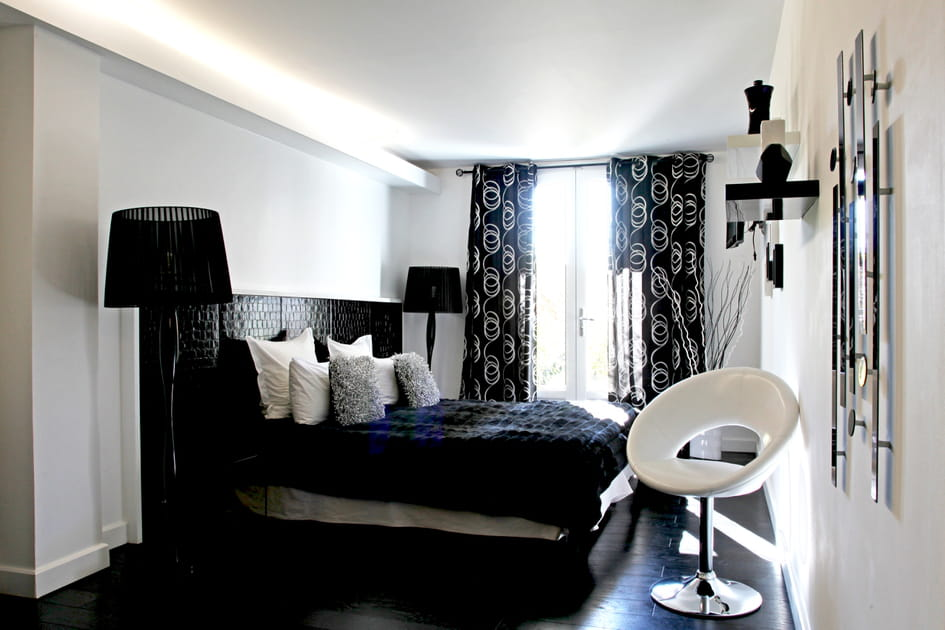 Chambre total look black and white