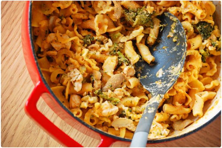 One-pot Pâtes, poulet et brocoli
