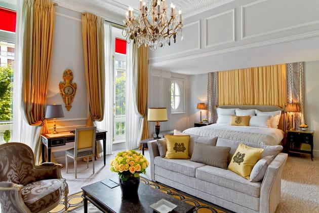 Suite de l'Hôtel Plaza Athénée Paris