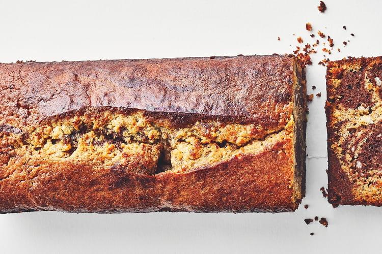 Gâteau marbré, noisette, chocolat et fleur de sel sans sucre