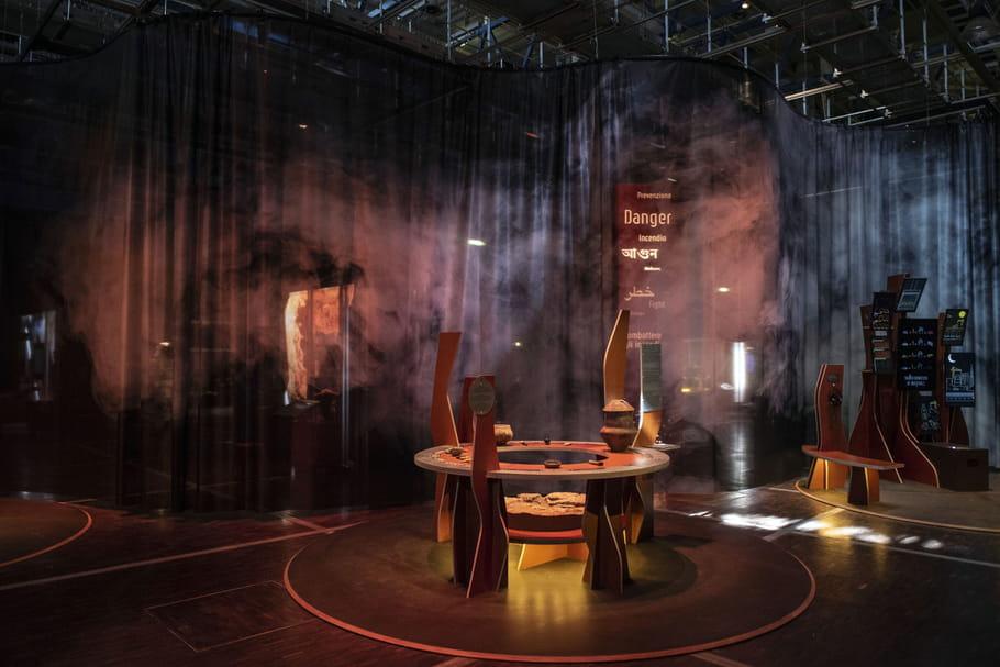 """L'exposition """"Feu"""" embrase la Cité des sciences et de l'industrie"""