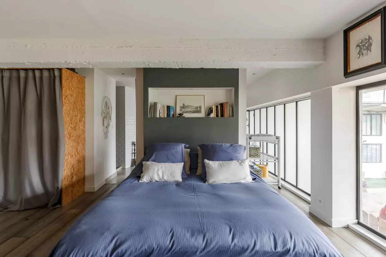 Chambre industrielle: quelle décoration pour un espace nuit esprit loft?