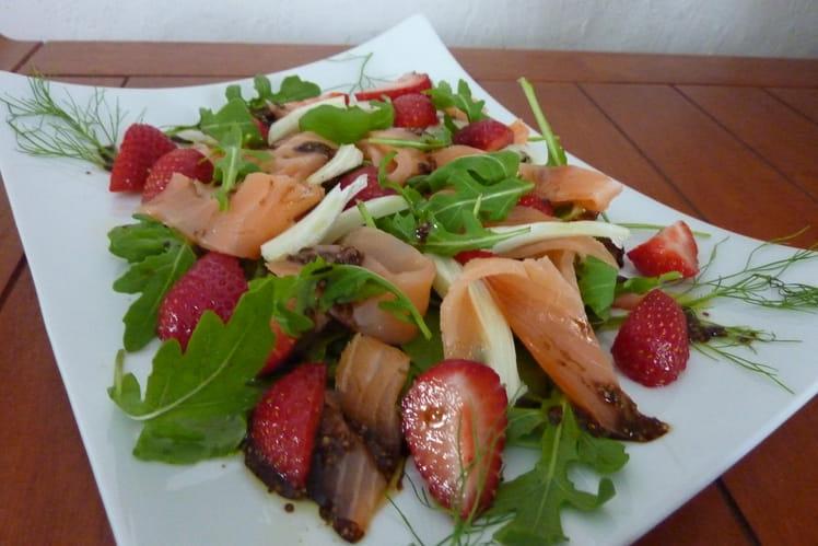 Salade de saumon fumé aux fraises