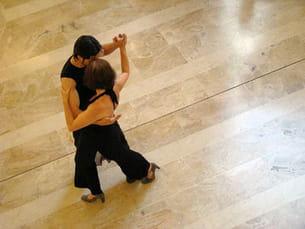 valse, tango, rumba, paso doble...appréciez la variété de ladanse de salon.