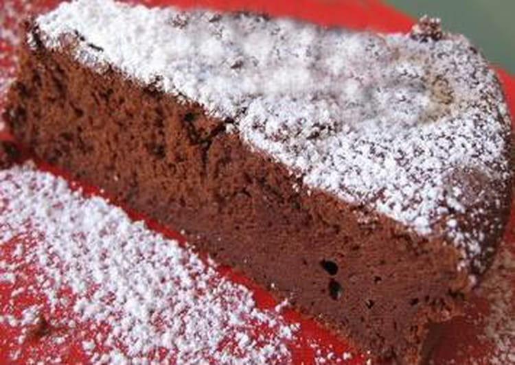 Gateau Au Chocolat La Recette Super Express Au Micro Ondes