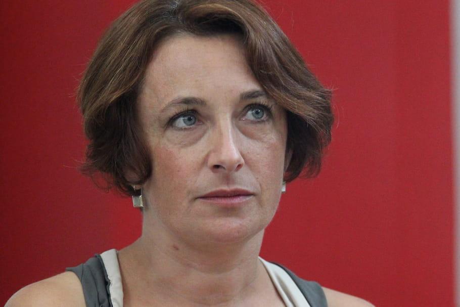 La députée Attard accuse le ministre Baylet de violences envers une femme