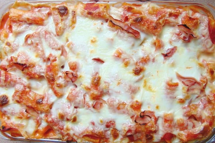 Pâtes au four, tomate, mozzarella et jambon