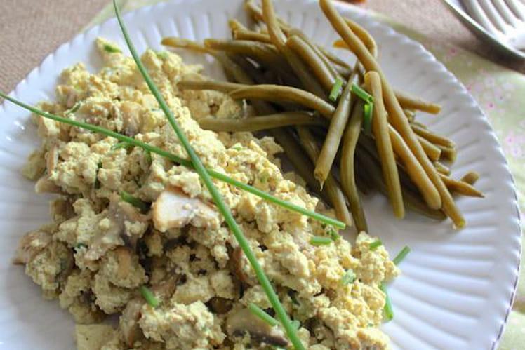 Tofu brouillé aux champignons