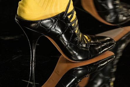 Givenchy (Close Up) - photo 41