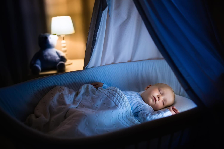 Comment éclairer une chambre de bébé?