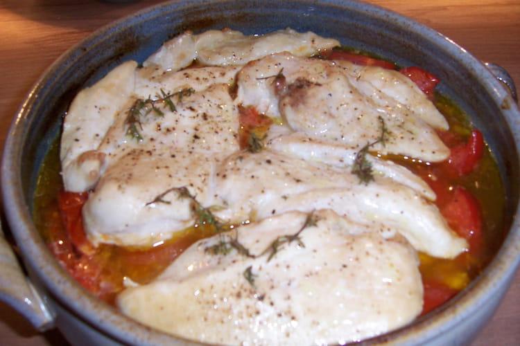 Blancs de poulet à la concassée de tomates