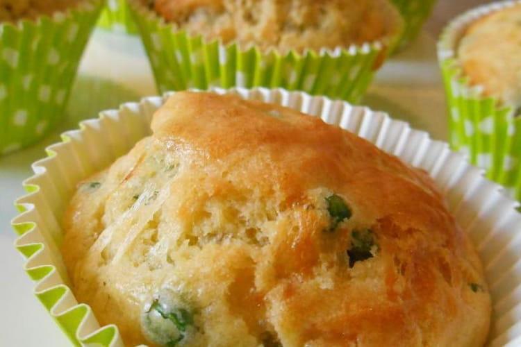 Muffins aux petits pois et comté
