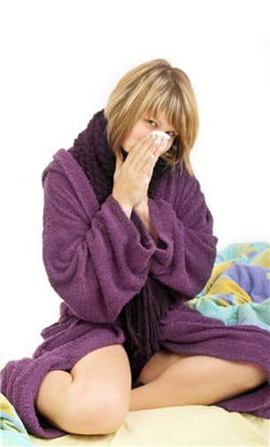 un rhume, par exemple, est du à un virus, les antibiotiques seront donc