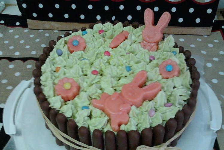 Gâteau aux fraises, amandes et chocolat