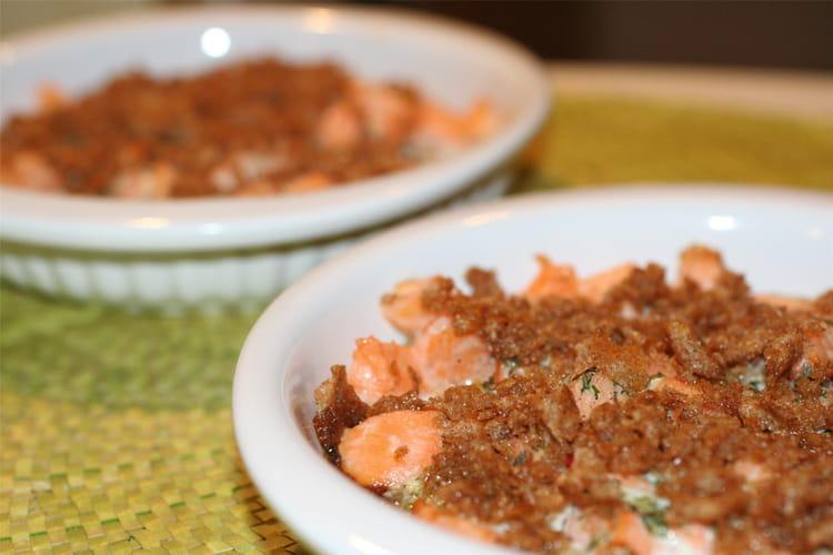 Recette de crumble au saumon la recette facile - Cuisiner saumon surgele ...