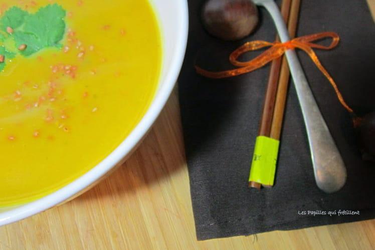 Soupe au potiron, lait de coco, coriandre