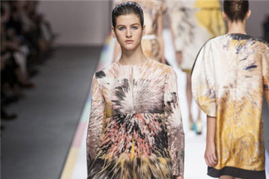 Fashion week: défilé tout en explosions chez Fendi