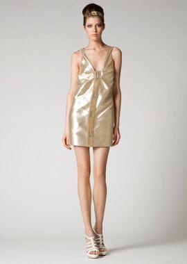 la robe dorée de versace