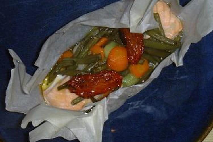Saumon et tomates confites en papillote
