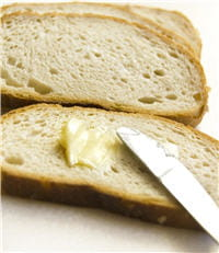 le beurre est riche en vitaminea, utile pour la vision mais aussi les os.