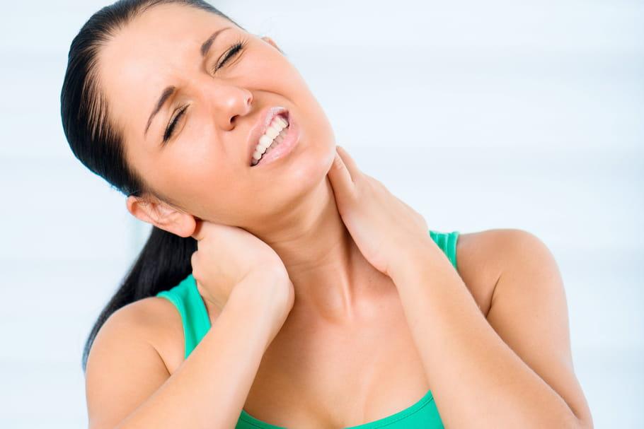 Symptômes et traitements d'une hernie cervicale